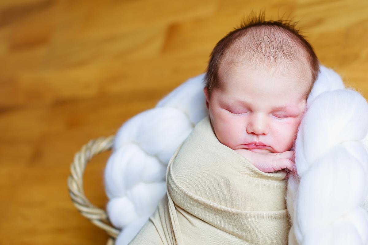 Séance nouveau-né et famille à Cahors 2