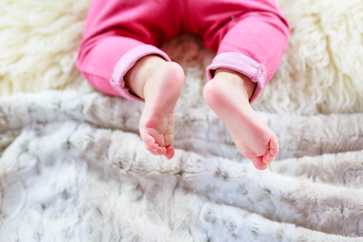 Séance nouveau-né et famille à Cahors 19