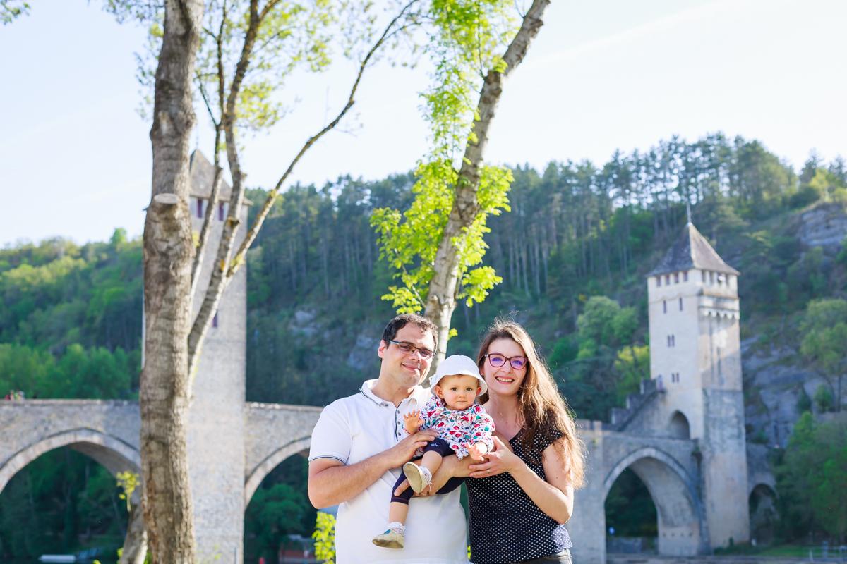 Séance nouveau-né et famille à Cahors 25