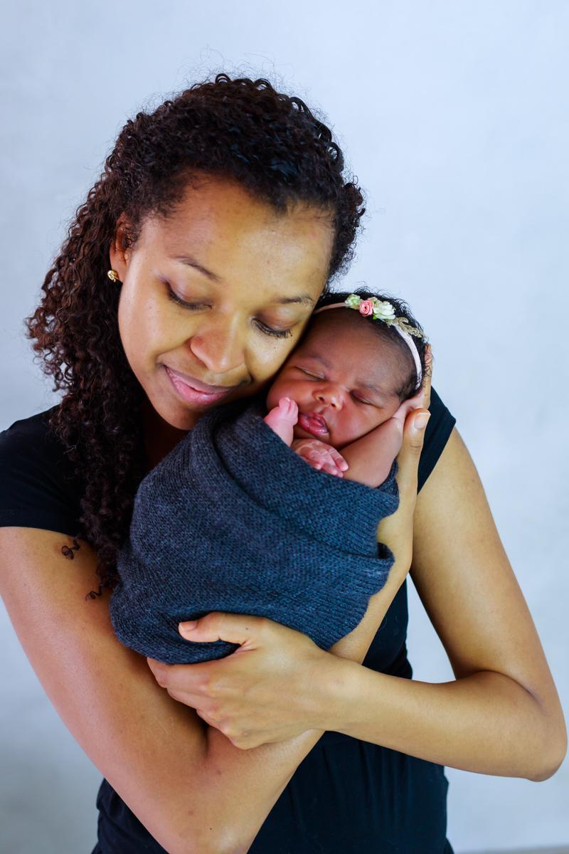 Séance nouveau-né dans le Lot 10