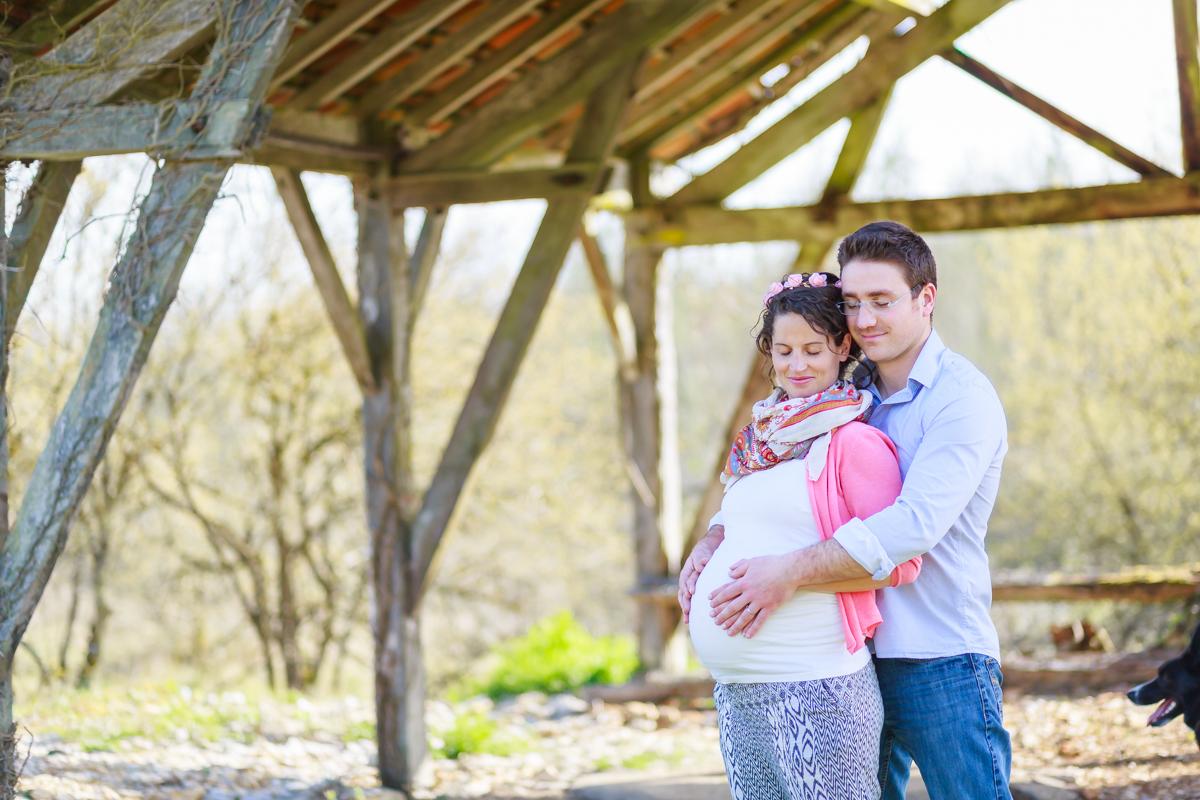 Séance grossesse dans le Lot