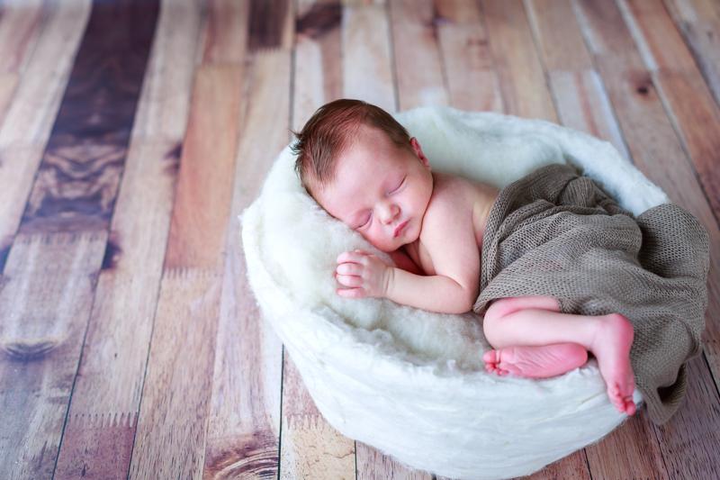 photographe nouveau-né figeac